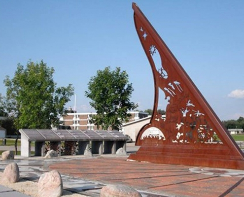 sundial in things to do in Pinawa